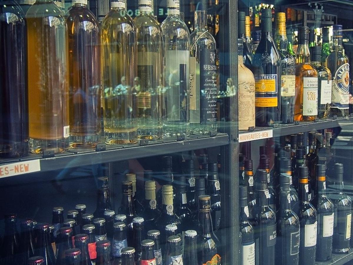 Będzie zakaz sprzedaży alkoholu i papierosów w spożywczakach u naszych sąsiadów? Zdecyduje parlament