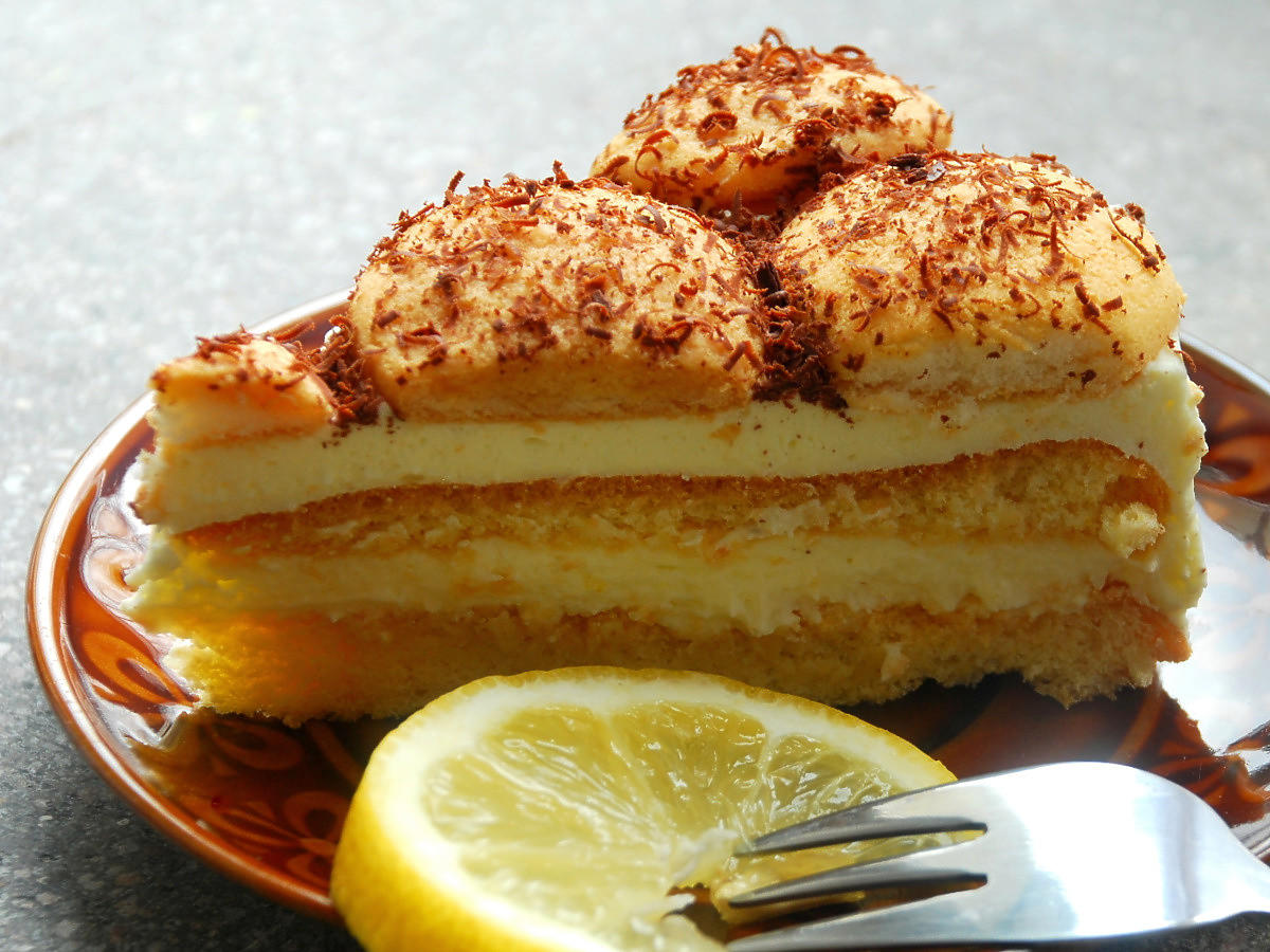 Ciasto z kremem dla leniwych i zapracowanych. Zrobicie je w 10 minut