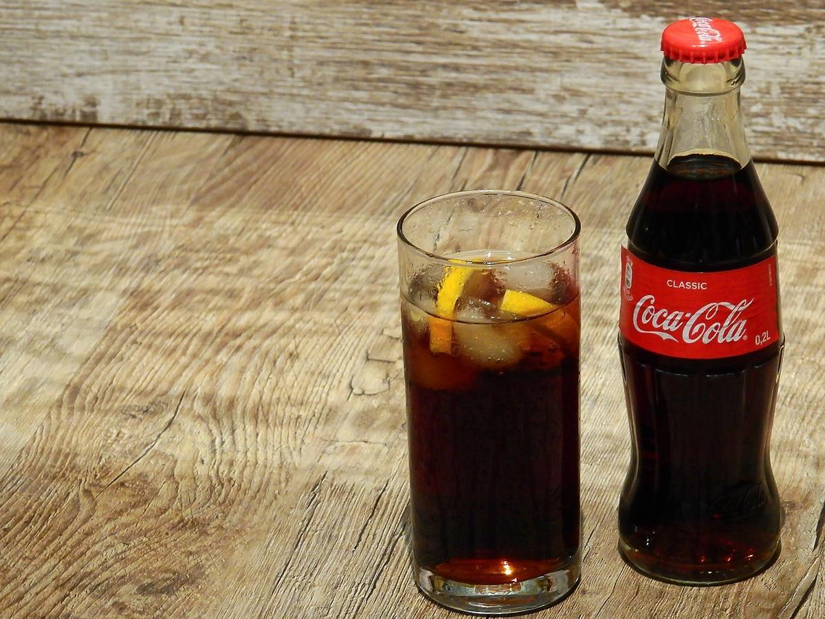 coca-cola odrdzewiacz podatek cukrowy