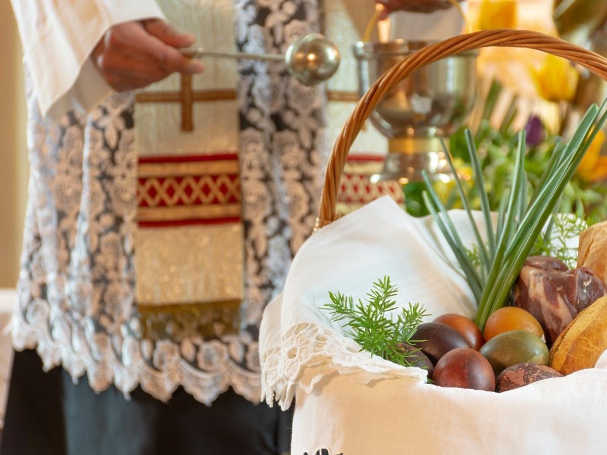 Czy święcenie pokarmów będzie w kościele czy na świeżym powietrzu? Już wiadomo. Są wytyczne