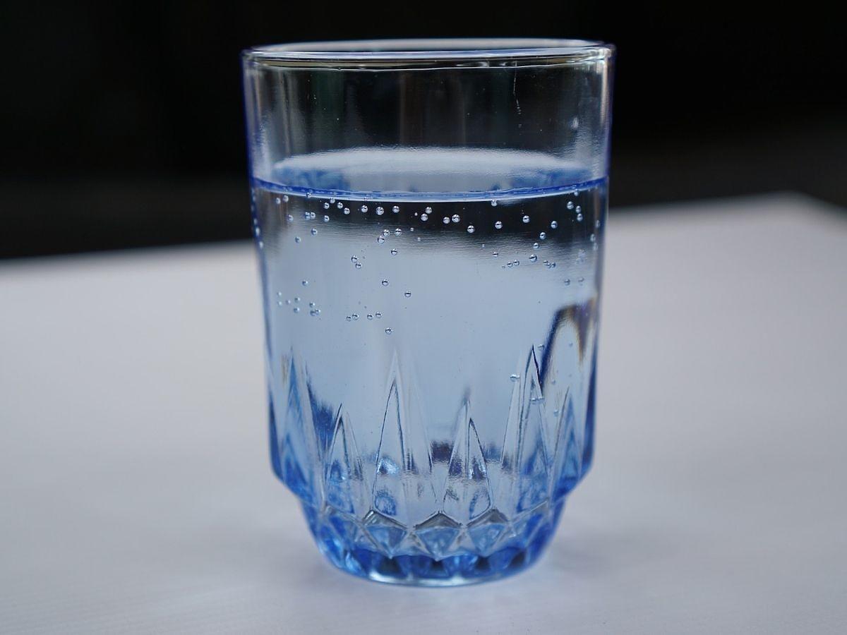 Czy warto pić wodę sodową? Zdziwicie się, jakie ma właściwości