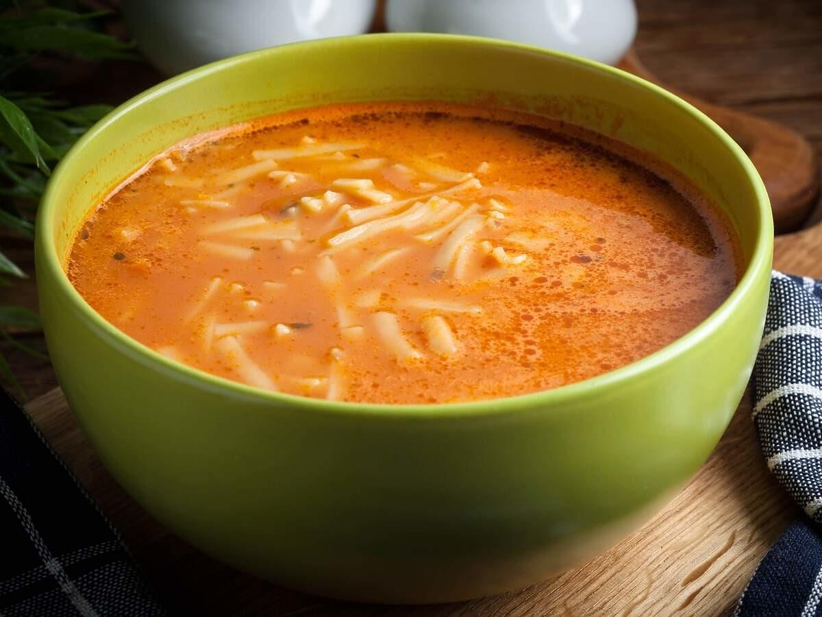 Dieta zupowa pozwoli schudną 4kg tygodniowo. Zdrowsza i bardziej sycąca niż inne diety