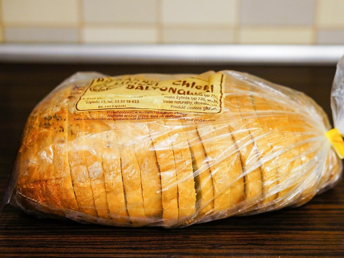 Dlaczego lepiej nie kupować chleba zapakowanego w folię? Mało kto o tym wie