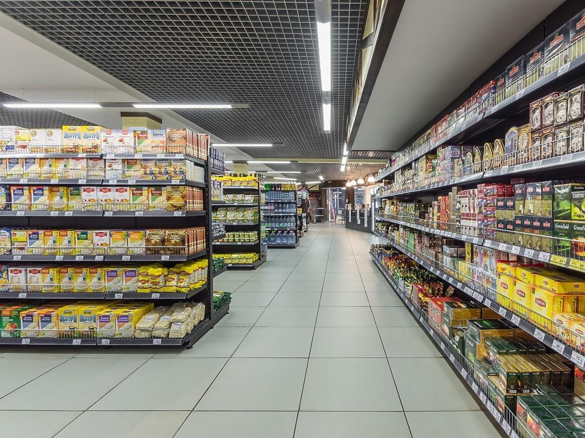 Do Polski trafiają gorsze produkty spożywcze. Tak wykazał raport Komisji Europejskiej. Wiemy, które