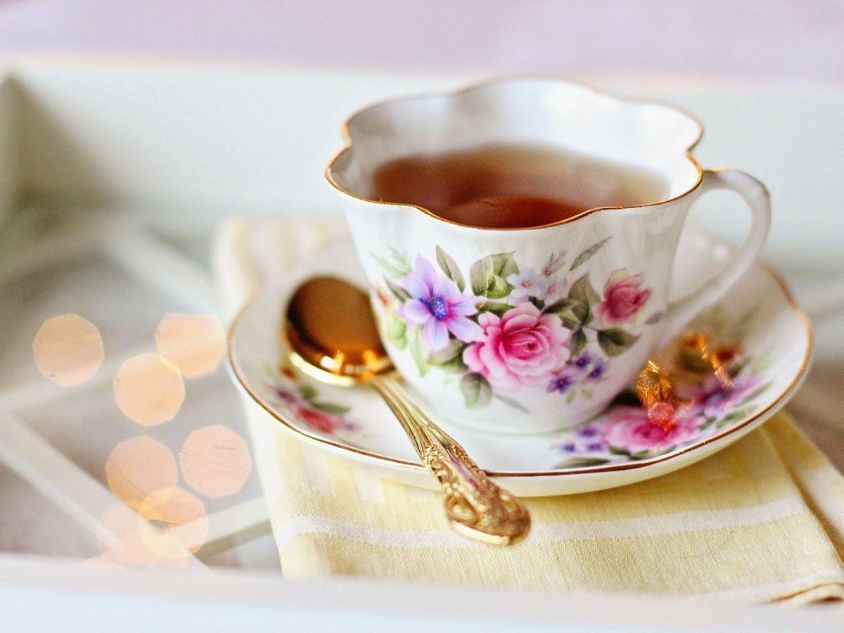 Dodajcie tę przyprawę do herbaty, a szybko zgubicie kilogramy. Genialnie odchudza i wzmacnia odporność