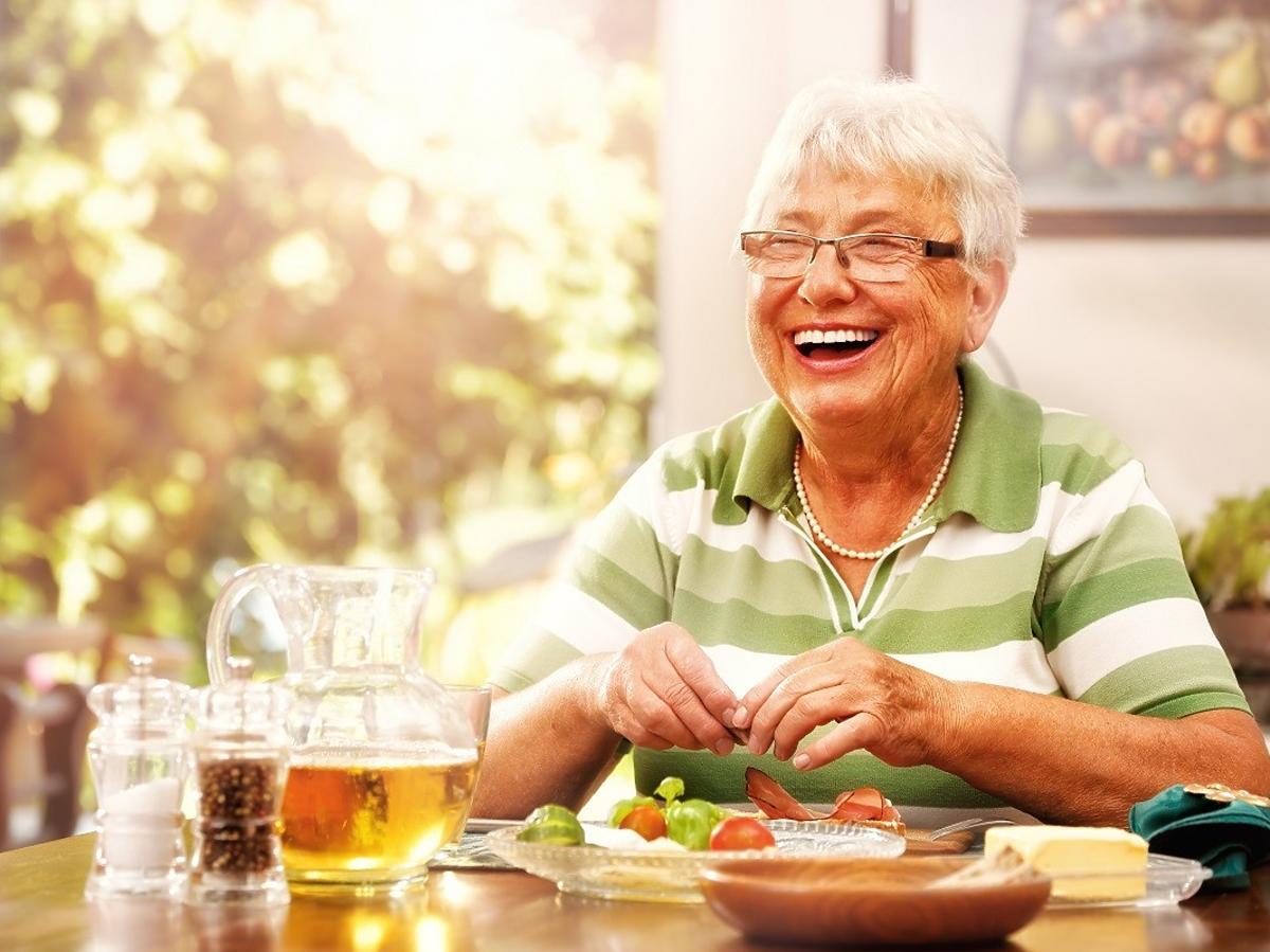 Ekspert zdradził eliksir na długowieczność. Poleca jeść te 2 tanie produkty
