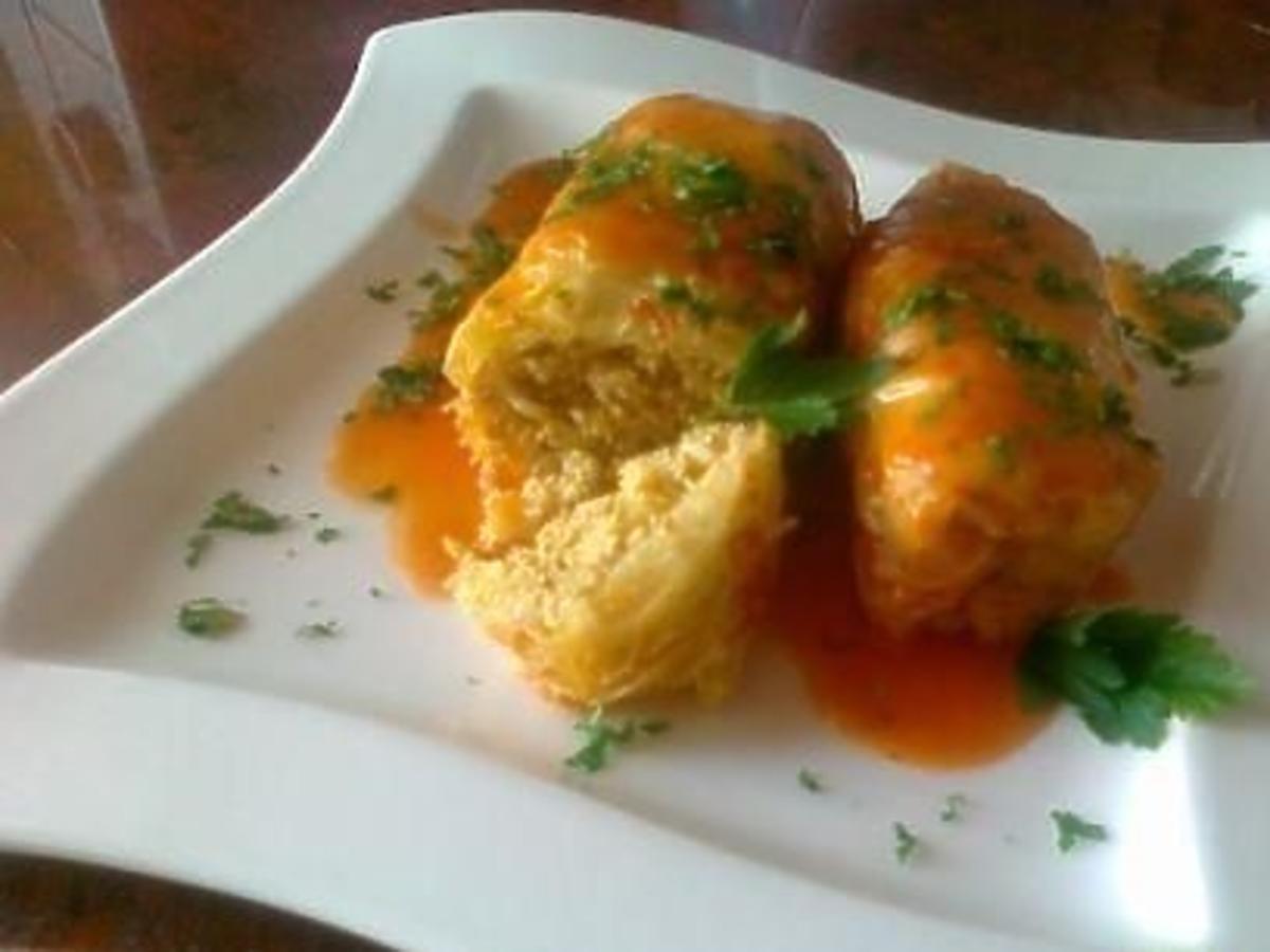 Gołąbki z kurczakiem i kapustą. Łatwy przepis na obiad