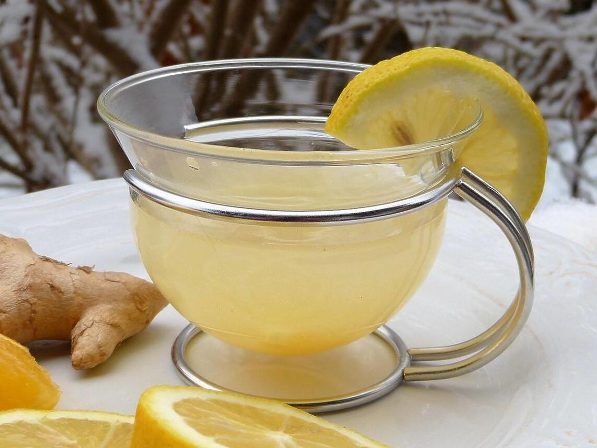 Herbata z imbiru przyspiesza metabolizm i odchudza. Kilka cm mniej w biodrach