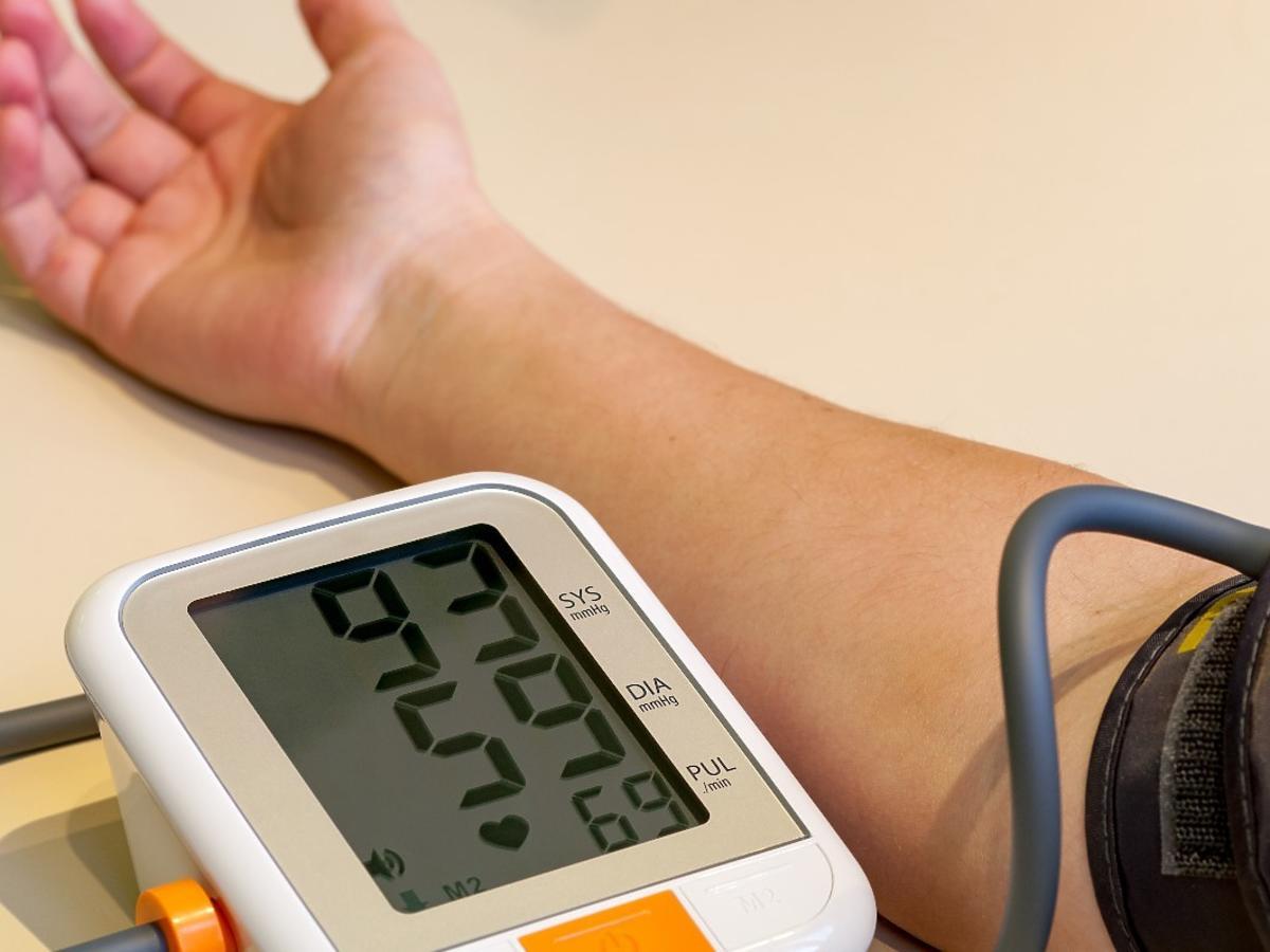 Jaką dietę stosować przy niskim ciśnieniu? Praktyczne rady i wskazówki