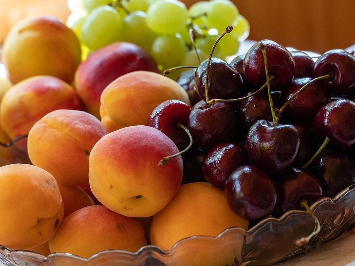 Jecie te owoce z pestkami? Uważajcie – to śmiertelnie groźne