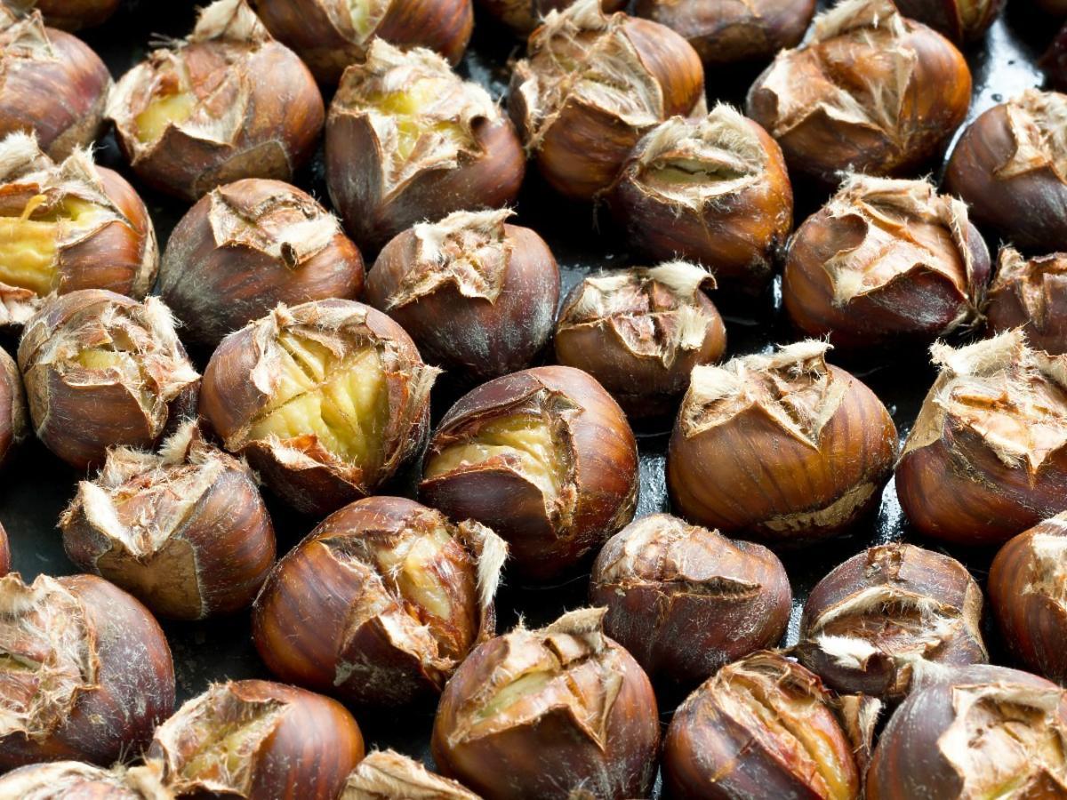Jedliście kiedyś kasztany? Poprawiają trawienie, dodają energii, a nawet regulują poziom cholesterolu