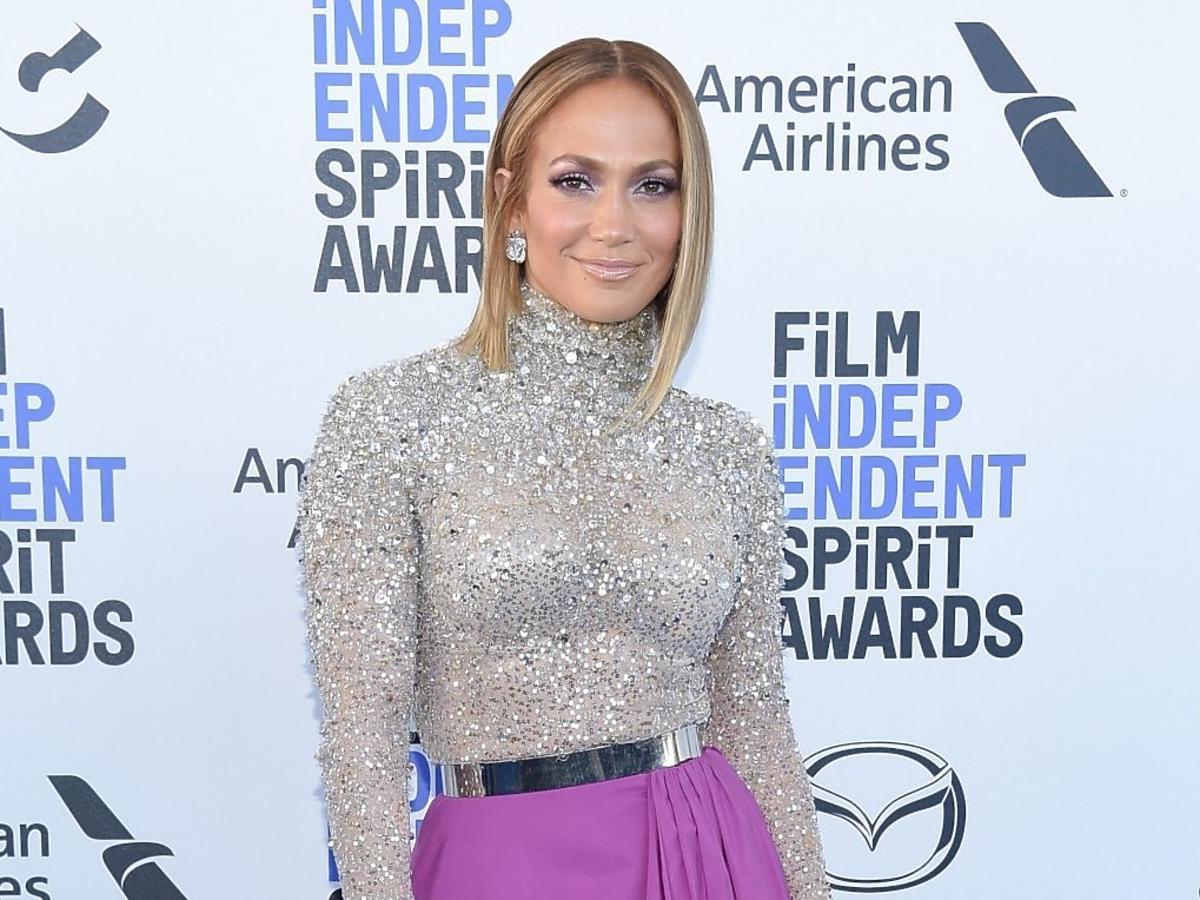 Jennifer Lopez na diecie je tylko jedną zupę i... wącha cytrusy! A co ze zdrowiem?