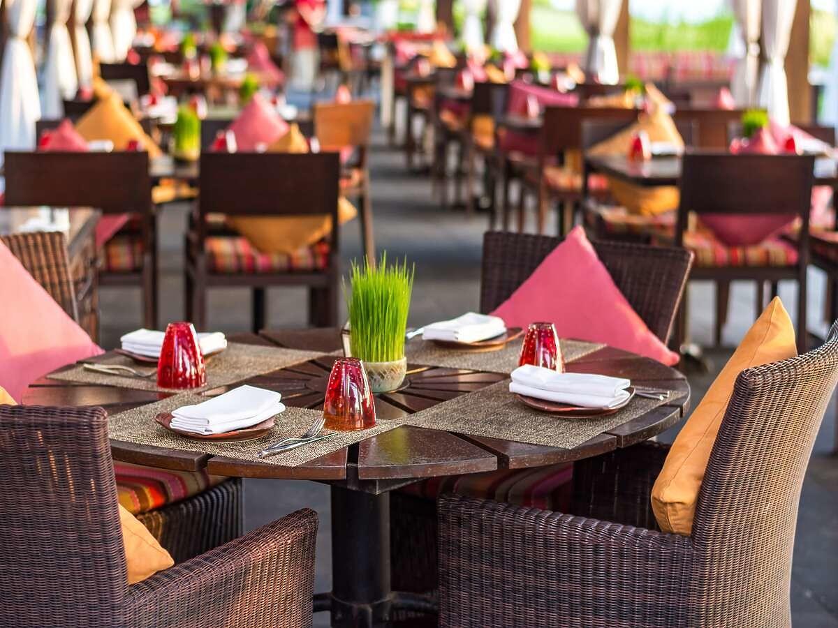 Mimo obostrzeń ta restauracja jest otwarta. Karę nałożoną przez sanepid pomagają opłacić klienci