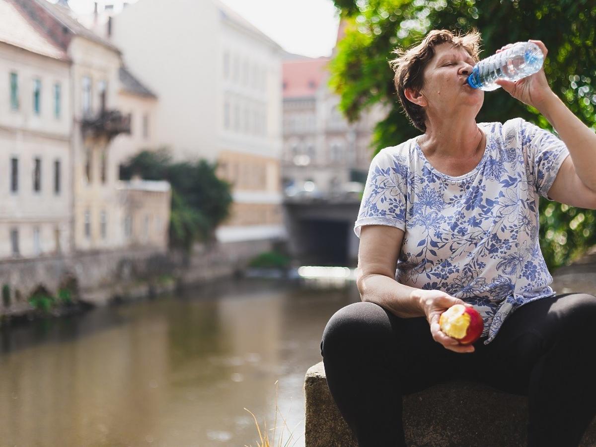 Najlepsza dieta na upały. Te produkty pomogą schłodzić organizm