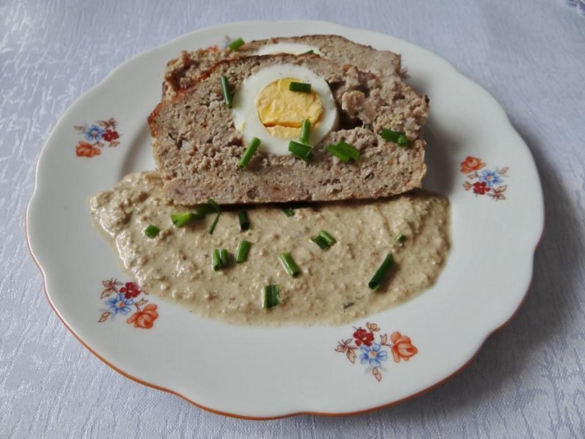 Pieczeń rzymska z jajkiem na wielkanocny obiad. Po przekrojeniu robi wrażenie