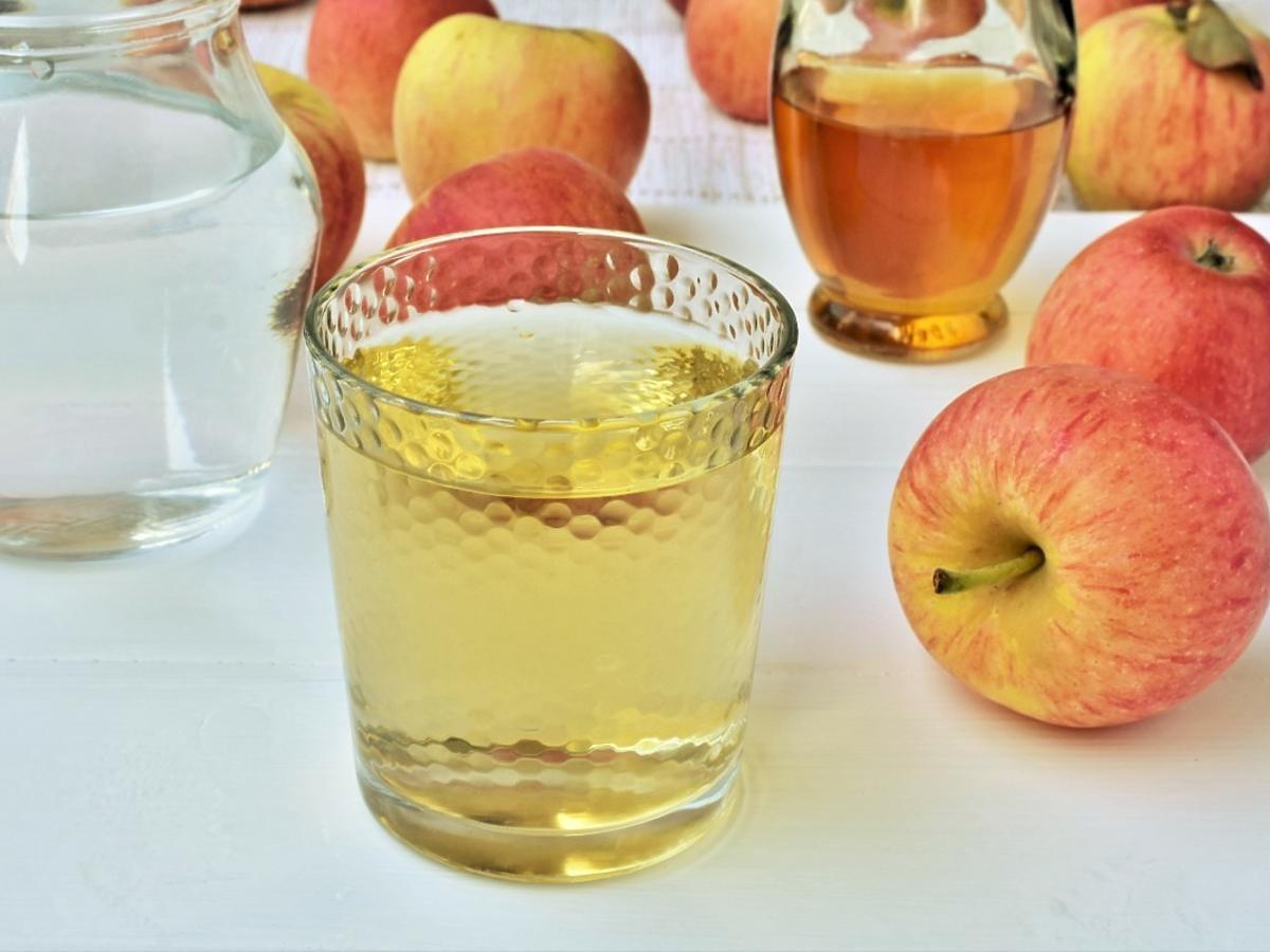 Pijcie codziennie szklankę wody z łyżką tego dodatku. Obniża łaknienie, reguluje poziom cukru i nie tylko
