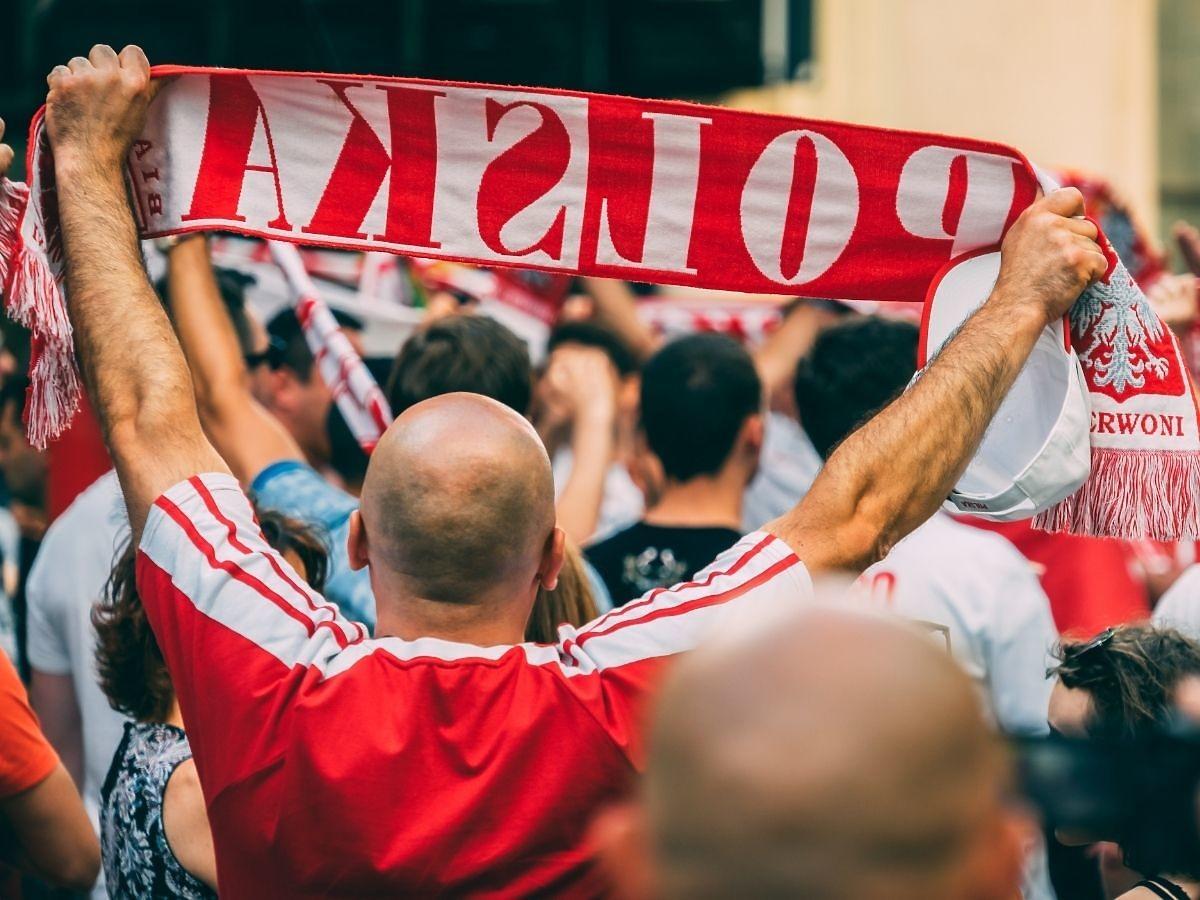 Polacy proszą Irlandię o wsparcie na Euro 2020. Reklama polskiego napoju wzrusza!