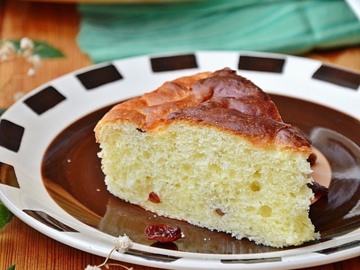 Przepis na najbardziej puszyste ciasto drożdżowe