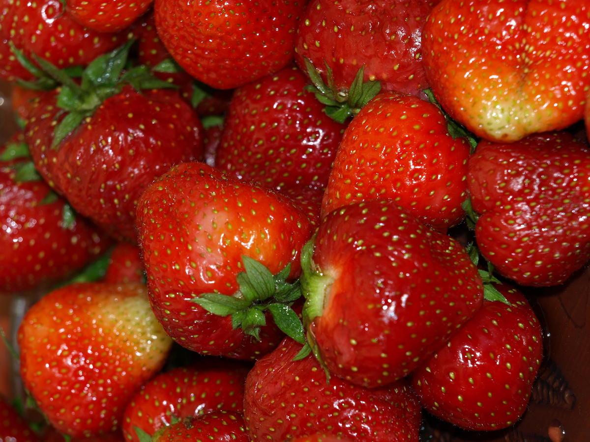 Przepis na truskawki z pieprzem i balsamico. To połączenie was zachwyci