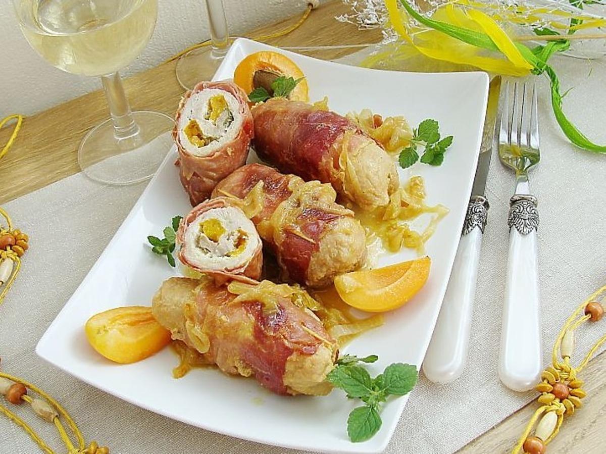 Roladki schabowe z morelą i szynką parmeńską. Doskonale na obiad i na kolację