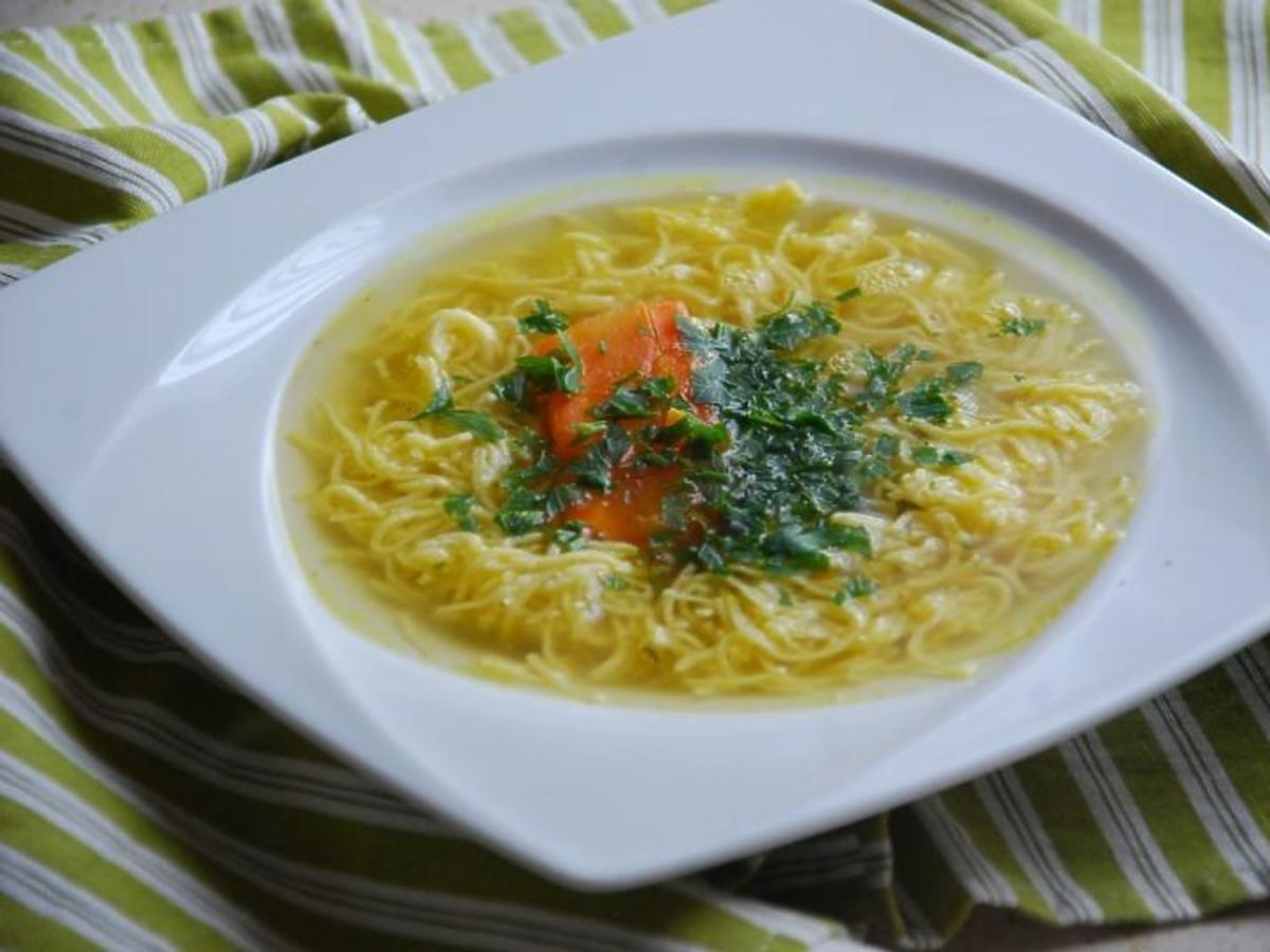 rosół, zupa, zupa z makaronem