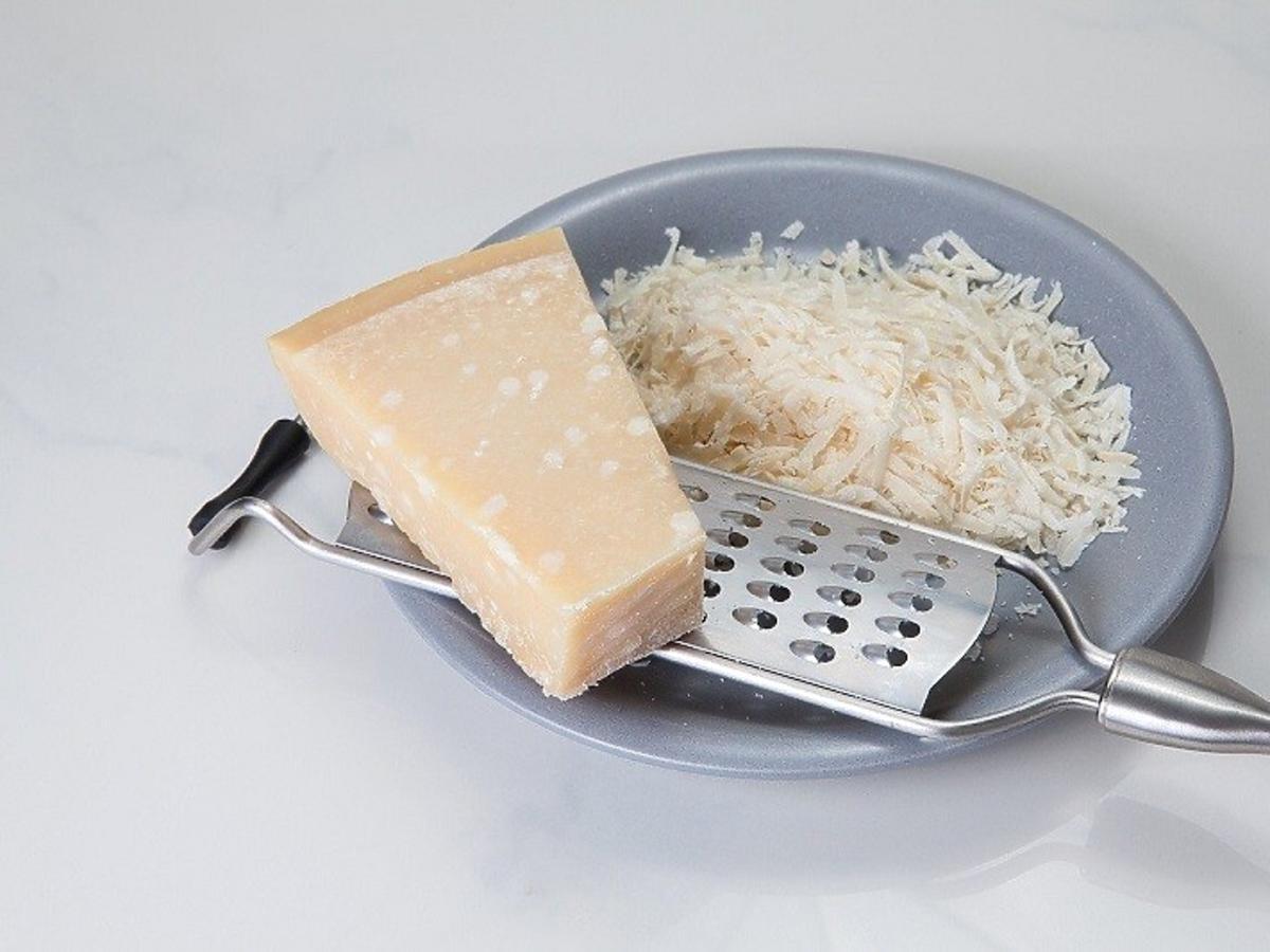 ser przywiera do tarki