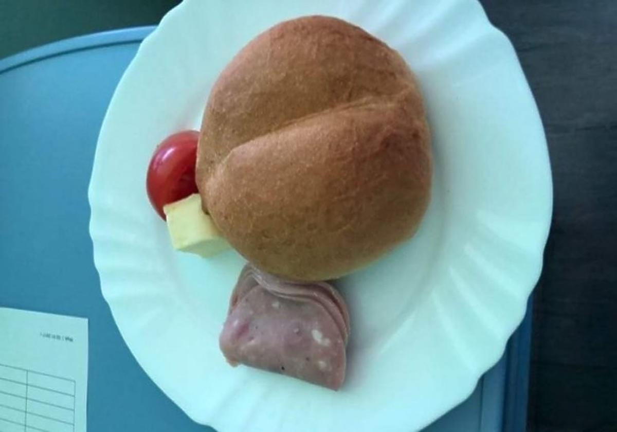 Skandaliczny obiad w szpitalu dla kobiety w ciąży. Obrzydliwe