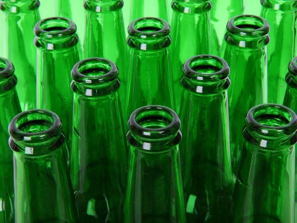 Skupy butelek były kiedyś normą. Popieracie kaucję za plastikowe i szklane butelki?