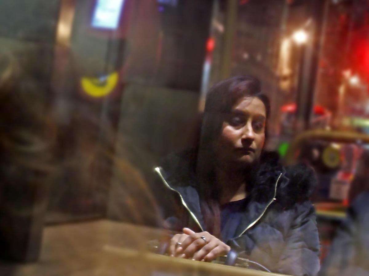 Smutna pani w autobusie
