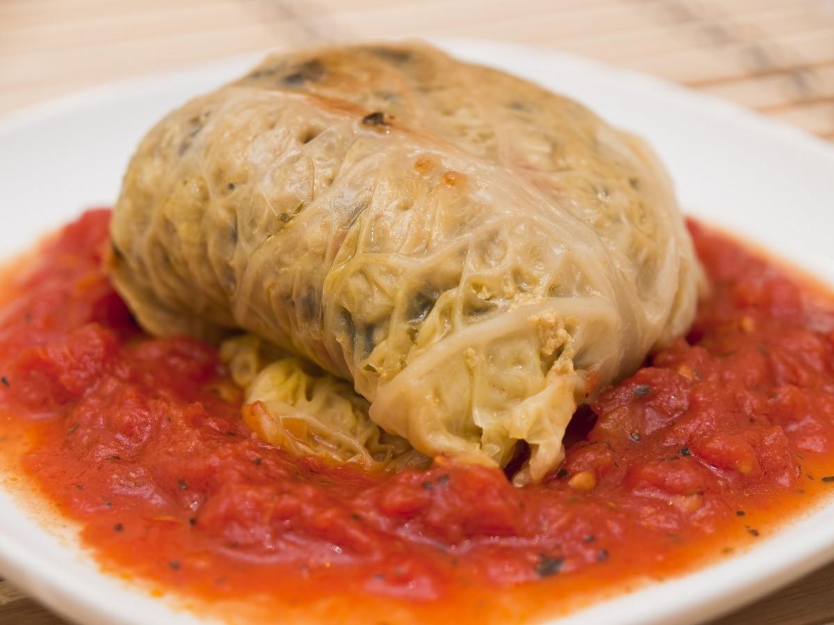 Sos pomidorowy do gołąbków z pieczonych pomidorów. Lepszego nie jedliście