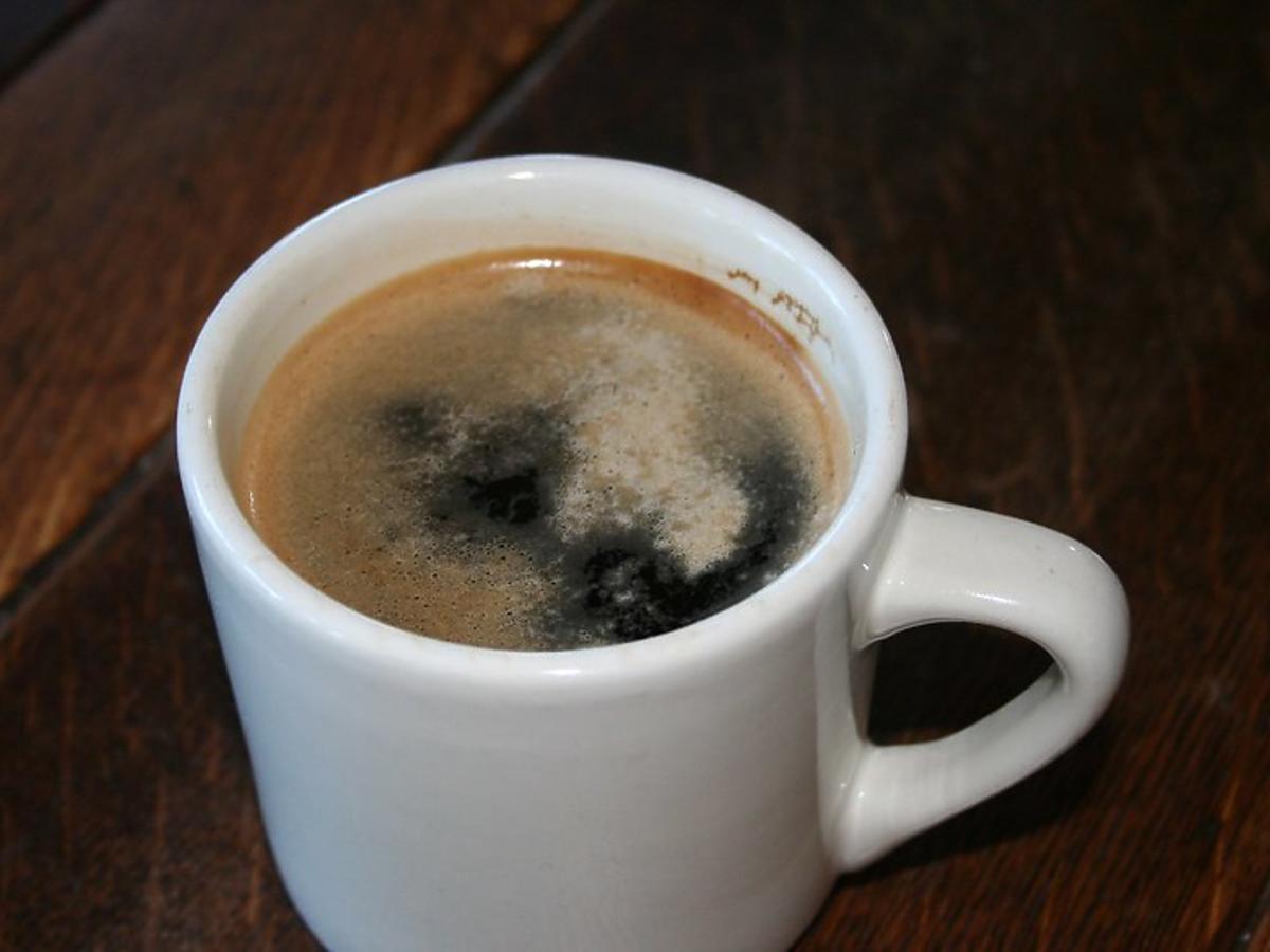 Ta odchudzająca kawa w mig poprawi wasze zdrowie i spali zbędny tłuszcz. Dodajcie 3 składniki