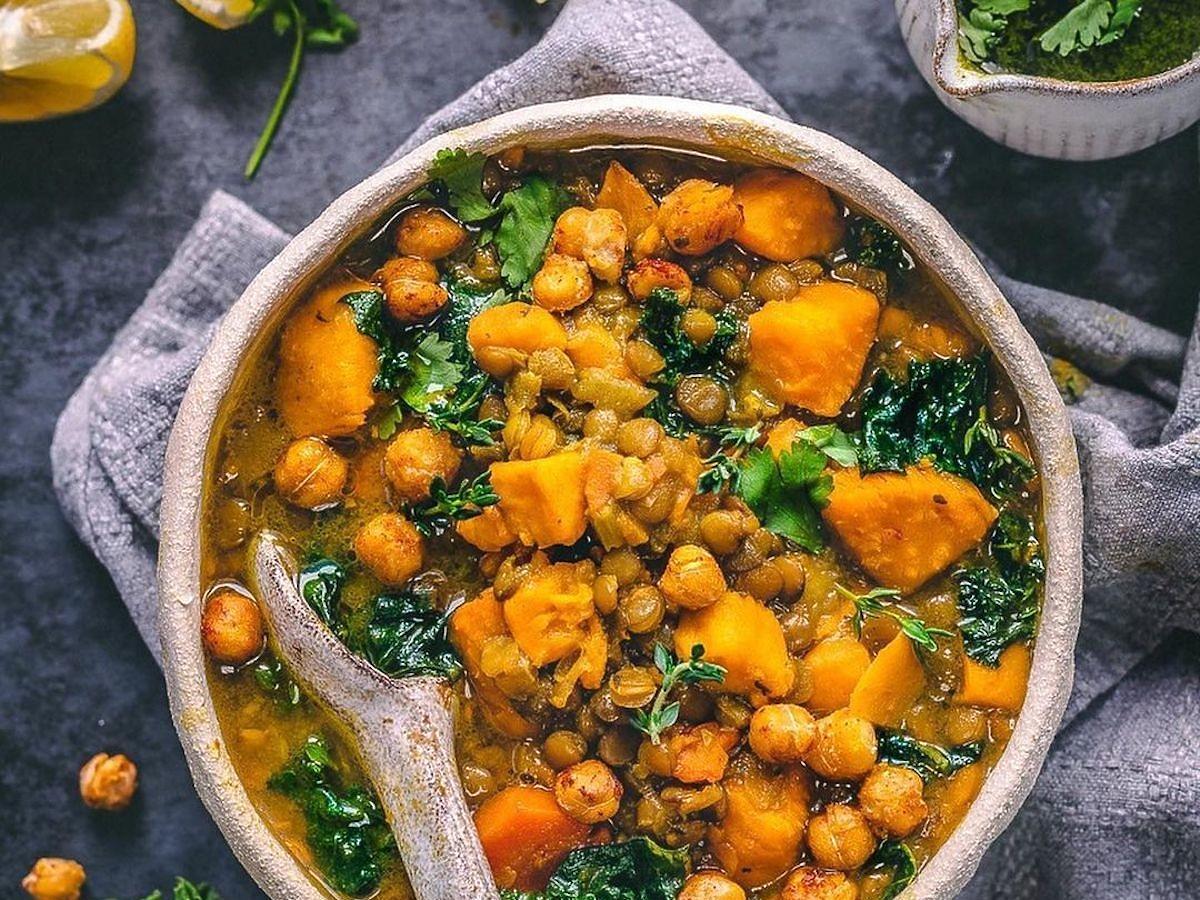 Ta zupa jest zdrowsza niż rosół i zmniejsza ryzyko nowotworów! Zdradzamy najprostszy przepis