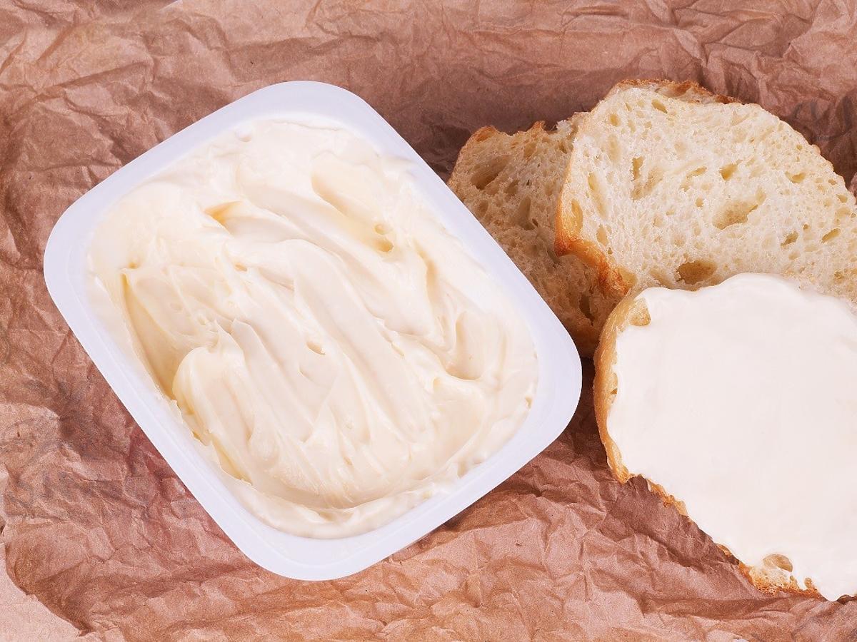 Ten ser fatalnie wpływa na serce, podwyższa ciśnienie i cholesterol.