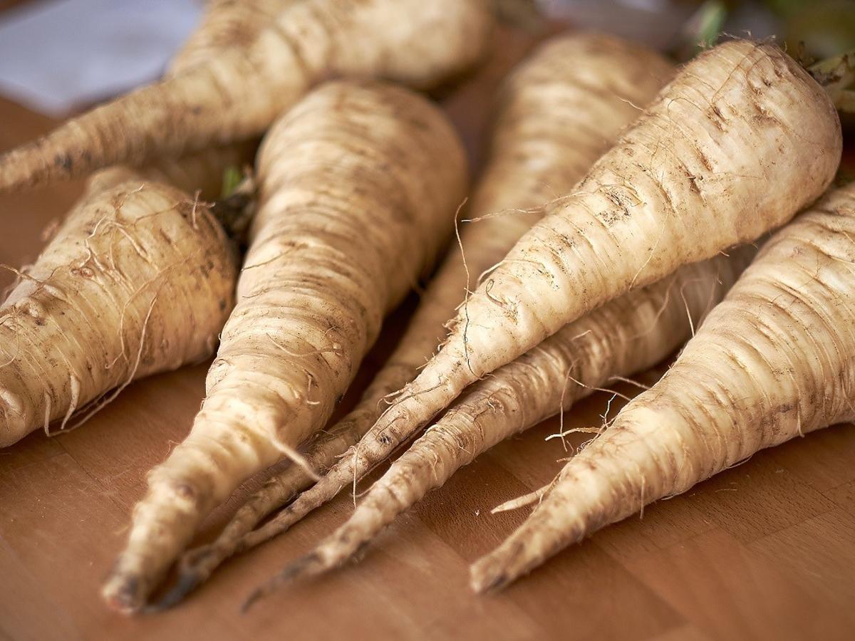 To warzywo jest znacznie tańsze od pietruszki, łatwiejsze w uprawie i doskonale smakuje