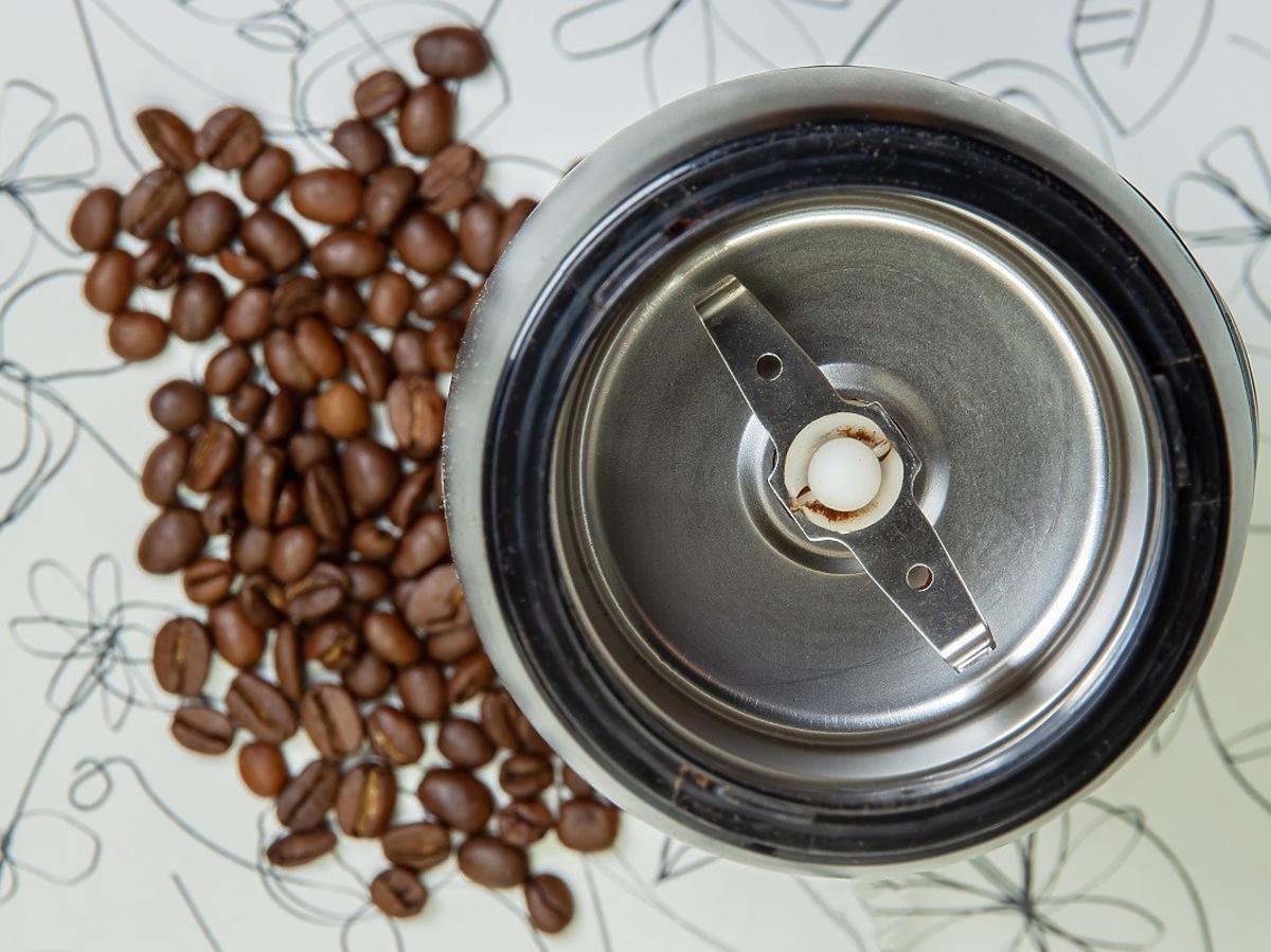 Ukryta funkcja młynka do kawy. Mało kto ma o niej pojęcie