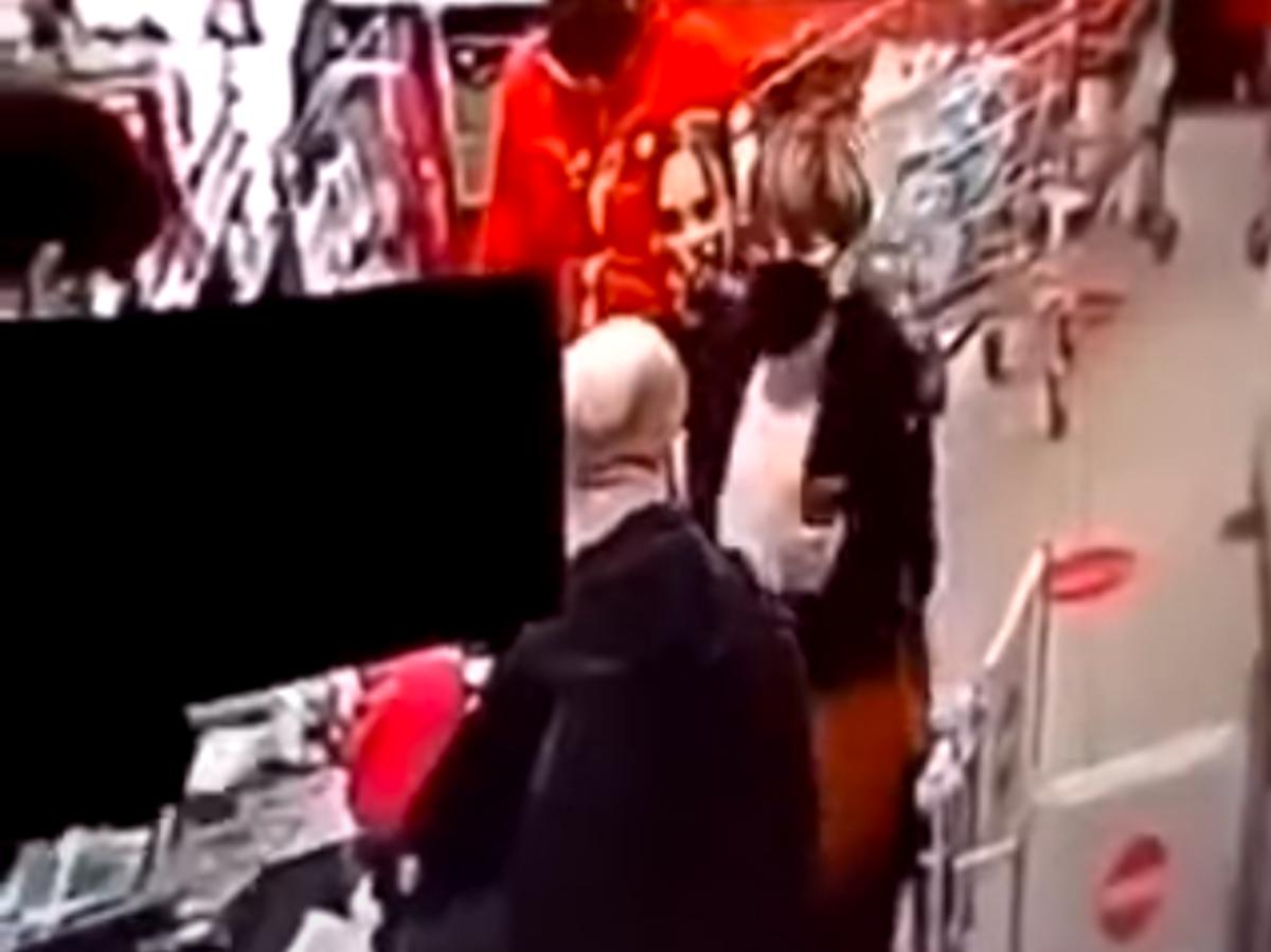 Więzienie dla mężczyzny, który uderzył kobietę, bo zwróciła mu uwagę na brak maseczki - dobra kara?