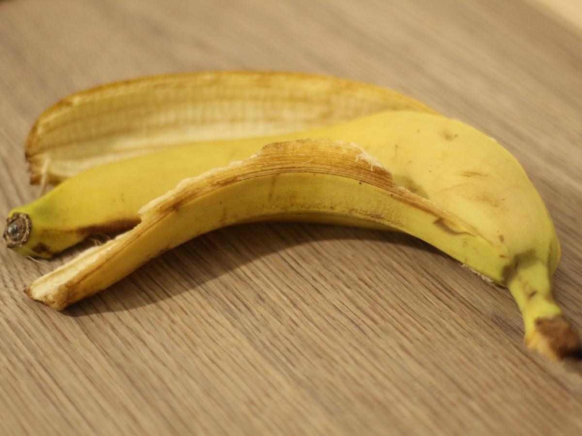 Wyrzucacie skórki od owoców? Błąd! Mają bardzo wiele zastosowań w kuchni