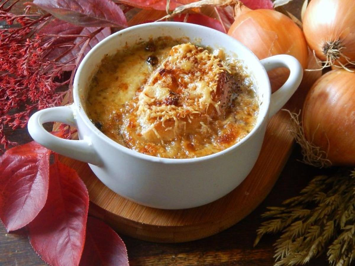 Zapiekana zupa cebulowa - prosty i elegancki przepis na obiad