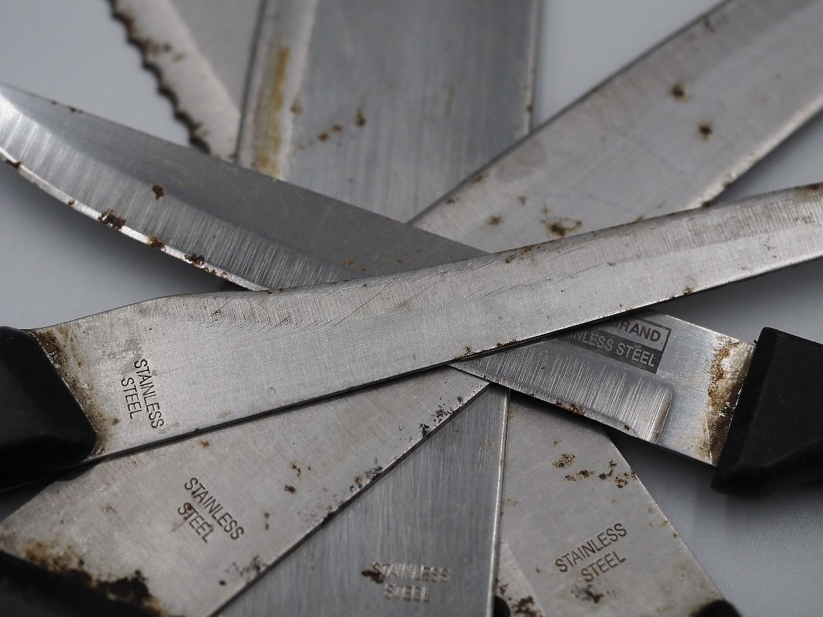 Zardzewiałe noże