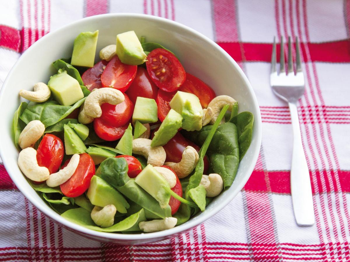 Zielona sałatka zdrowa