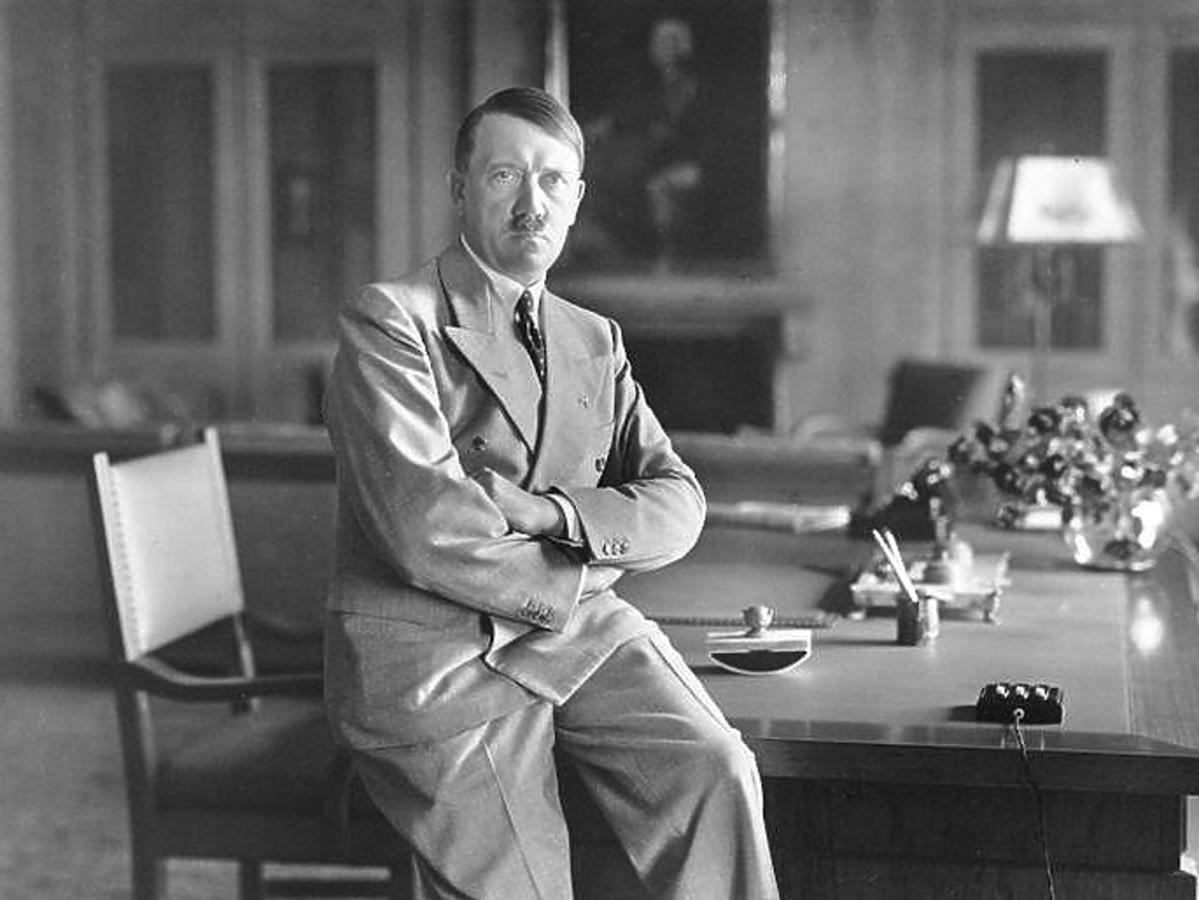 Znaleziono jadłospis Adolfa Hitlera. Wegetariańskie menu Führera zachwyciłoby dietetyków